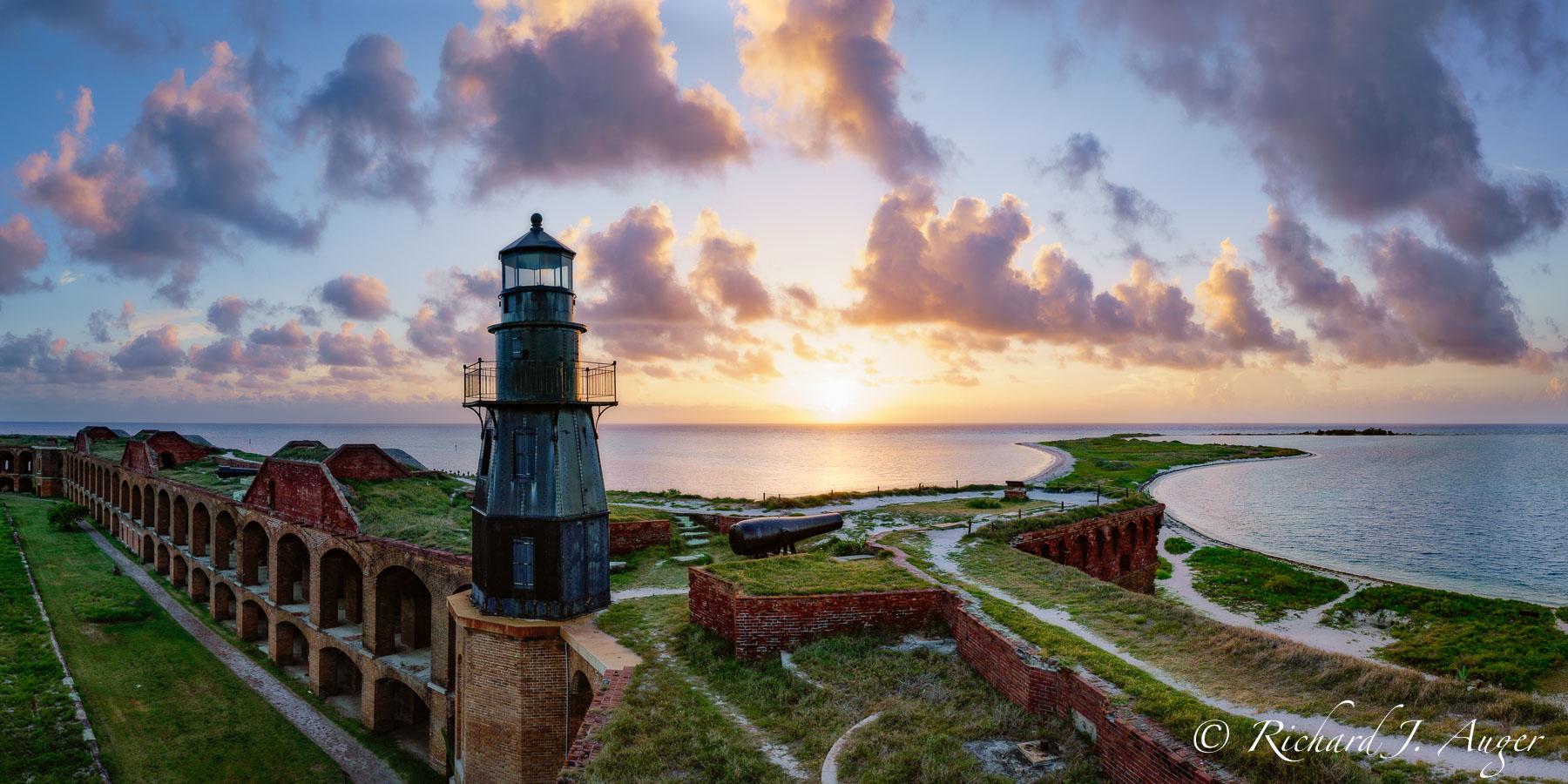 Dry Tortugas, Garden Key Lighthouse, Florida, Sunrise, Fort, Lighthouse, photograph, landcape, ocean, seascape, panorama, photographer