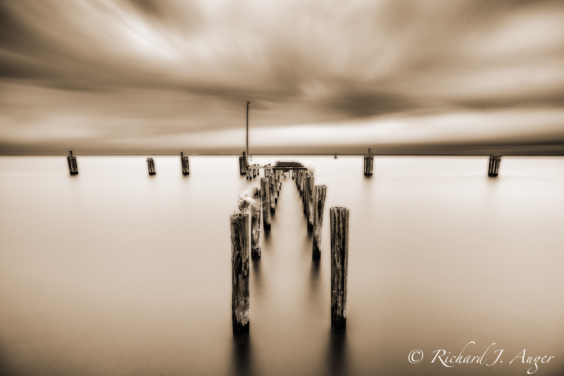Lake Monroe, St Johns River, Historic Sandford Florida, lake, water, long exposure, photographer, photograph, pylons, dock, historic